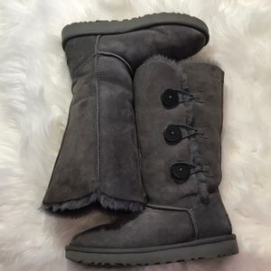 Grey UGG boots, size 7